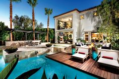 Eat dinner by the pool or enjoy a drink on the patio!