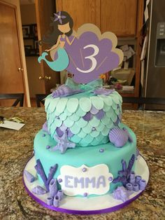 Mermaid cake.