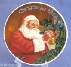 Christmas 1987 Knowles Norman Rockwell SANTAS GOLDEN GIFT Collector Plate
