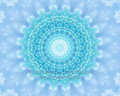Színek jelentései: Türkiz - Fényörvény.hu /Kép: @Sandal-Bárány Tünde Nikoletta - www.angyalmandala.hu / #színekjeletései #spiritualitás #fényörvény #szimbólumok #színek Feng Shui, Beach Mat, Mandala, Outdoor Blanket, Tapestry, Garden, Diet, Hanging Tapestry, Tapestries