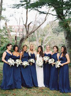 Vestidos color azul marino para tus damas de boda: El tono más chic del 2016 – Portal de Bodas Zankyou   México