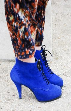 Royal blue platform.  I would prefer these in black or slate myself.  Sexy heal, love the hooks + eyelets.