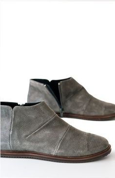 Vialis Barcelona. Handmade shoes. RAVAL VALENCIA