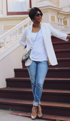 how-to-wear-denim-over-40 (Fabulous after 40) Like this look!!
