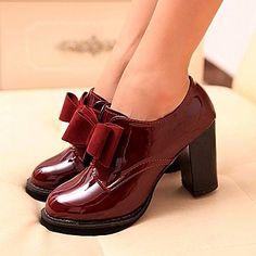 Oxfords ( PU , Negro/Vino Tacón bajo para Zapatos de mujer – USD $ 15.99