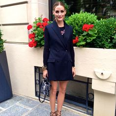 Who made Olivia Palermo's jewelry, print handbag, blue coat, and sandals? Shoes – Aquazzura x Olivia Palermo Jacket and purse – Christian Dior Bracelets – Miriam Haskell Necklace – Bauble bar Estilo Olivia Palermo, Look Olivia Palermo, Olivia Palermo Lookbook, Star Fashion, Love Fashion, Fashion 2014, Fashion Story, Street Fashion, Tuxedo Dress