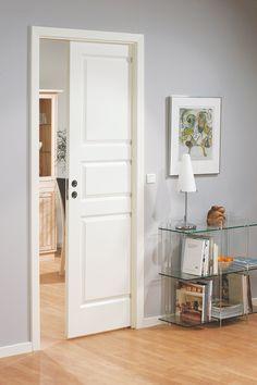 Skyvedører kan frigjøre mye plass som du ikke visste at du hadde - Byggmakker+ Compact Living, Dream Apartment, Walk In Closet, Sliding Doors, Armoire, Tall Cabinet Storage, Master Bedroom, Furniture, Design