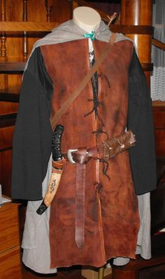 6 LOTR Costumes in one month: Low Budget Star Wars Costumes, Halloween Costumes, Nerd Costumes, Vampire Costumes, Fairy Costumes, Aragorn Costume, Hippie Costume, 50s Costume, Costume Ideas