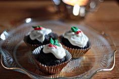 Mini Christmas Chocolate Puddings