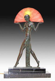 Funcição Max Le Verrier sculpture éclairante Art Déco 1925 signée Guerbe ( Pierre Le FAGUAYS)