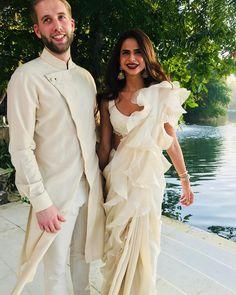 Shaleena Nathani wearing saree by Anamika Khanna ❤😍