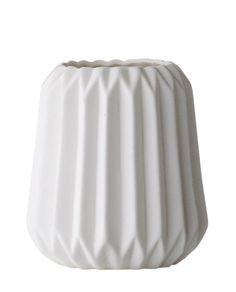 Teelichthalter Fluted L in weiß von Bloomingville