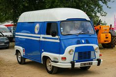 Estafette RENAULT French Classic, Classic Cars, Coffee Truck, Cool Vans, Mini Trucks, Vintage Vans, All Cars, Automotive Design, Motorhome