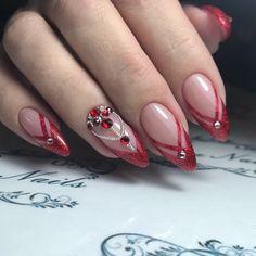 30 popular ideas of christmas nails designs to try 1 Xmas Nails, Prom Nails, Holiday Nails, Star Nail Designs, Acrylic Nail Designs, Christmas Nail Designs, Christmas Nail Art, Fancy Nails, Pretty Nails