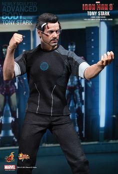 Hot Toys : Iron Man 3 - Tony Stark (Armor Testing Version) 1/6th scale Limited Edition Collectible Figurine