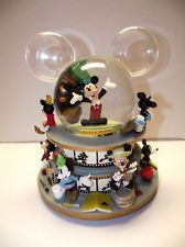 WDW Mickey Mouse FILMSTRIP Share A Dream Come True Disney Snowglobe
