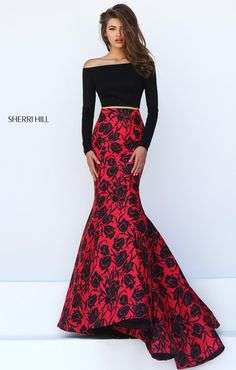 Shop mermaid evening gowns and designer mermaid prom dresses at PromGirl. Long evening dresses with mermaid skirts and mermaid gowns for prom. Sherri Hill Prom Dresses, Mermaid Prom Dresses, Homecoming Dresses, Mermaid Gown, Prom Gowns, Dress Prom, Mermaid Skirt, Bridesmaid Dress, Elegant Dresses