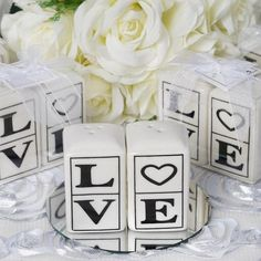 Wholesale Love Salt & Pepper Shakers Container Set for Wedding Gift Pary Deoration / Nothing can beat this pleasant and delightful set of salt and pepper shakers that display the most captivating and powerful four letter word, stylishly engraved on the finely polished ceramic surface. The word that softens the hardest of hearts, which ends the misery of an aching heart, and makes one feel alive and ecstatic; LOVE, the ingredient to add that blissful flavor in life that lets your heart bloom…