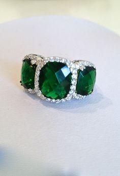 Vintage Emerald Three Stone Estate Jewelry Ring, via Etsy.