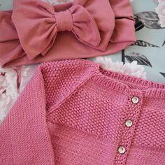 DIY Turbaanipipo rusetilla - Punatukka ja kaksi karhua Sewing For Kids, Sewing Ideas, Kids Hats, Baby Hats, Sweaters, Diy, Crafts, Babys, Fashion