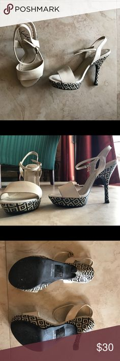 White Leather High Heels with Black Detailing Worn once. Great condition and awesome quality. Velez quality leather brand from Colombia. Size EU36, American size 6. Velez Shoes Heels