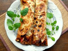 Calzone, Dumplings, Food And Drink, Pizza, Cheese, Pierogi, Mexico, Sweets, Eat