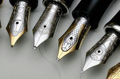 Beautiful fountain pen nibs - can you spot the architectural one? Mont Blanc Fountain Pen, Fountain Pen Nibs, Vintage Pens, Writing Pens, Letter Writing, Penmanship, Pen And Paper, Writing Instruments, Crayon