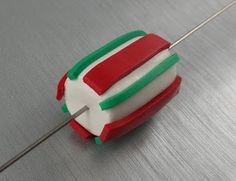 2 Good Claymates: Candy Cane Tube Bead Tutorial