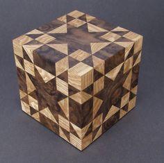 Star pattern wooden box