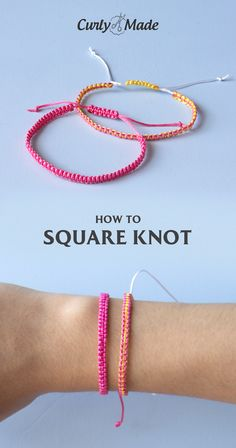 Learn How to Make one of the Easiest Styles of Friendship Bracelets with this Simple Step-by-Step Video Tutorial Kids Bracelets, Diy Bracelets Easy, Thread Bracelets, Diy Bracelets Adjustable, Diy Bracelets Tutorial, Knots For Bracelets, How To Make Braclets, Braclets Diy, Macrame Bracelet Tutorial