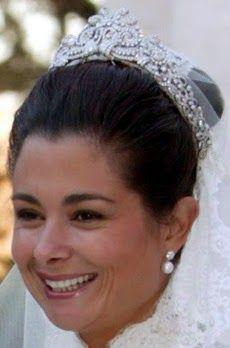 Tiara Mania: Diamond Scroll Tiara worn by Farah Al Daghistani