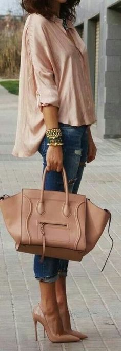 Nude color silk blouse, skinny jeans, Celine bag and nude heels for spring style. Celine Handbags, Mk Handbags, Celine Bag, Handbags Michael Kors, Fashion Handbags, Fashion Bags, Designer Handbags, Nude Shoes, Nude Pumps