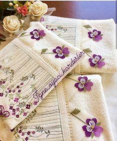 Her Görenin Aklını Alacak 33 Yazma Kenarı İğne Oyası Modelleri Creative Embroidery, Hand Stitching, Cross Stitch, Diy Crafts, Model, Instagram, Crochet Flowers, Ideas, Table Toppers