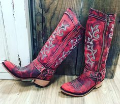 Distressed leather vintage look boot. 100% leather, handmade and SO comfortable!