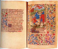 rękopis z Biblioteki Książąt Czartoryskich A tak przedstawił motyw Bożego Narodzenia anonimowy ilustrator Godzinek wykonanych w diecezji Rouen około 1450 roku.  Rękopis ten znajduje się obecnie w Bibliotece Książąt Czartoryskich.  Trzy wersety tekstu, zapisanego teksturą późnogotycką, otaczają inicjał.  Delikatny ażurowy ornament roślinny wykonany piórkiem i pędzlem, składa się z dwóch warstw.  Tło ilustracji tworzą gałązki głogu z rozsianymi złotymi nasionami. Drugą warstwę tworzą liście…