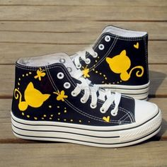 Fashion Cat Printed Casual Canvas Sneakers on buytrends.com