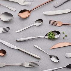 Our friends in Italy definitely know their stuff when it comes to design and food. Give your table a trend-led copper touch with our Newberg cutlery set. Buon appetito!    #madedotcom #italiandesign #tableware #interiordesign