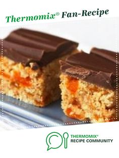Apricot and Coconut Slice by Maryanne Skitt. A Thermomix <sup>®</sup> recipe in the category Desserts & sweets on www.recipecommunity.com.au, the Thermomix <sup>®</sup> Community.