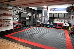 Thinking of a garage makeover? We have nine smart garage design ideas for you. From a home theatre to a game room -- turn your garage into anything Garage Organisation, Diy Garage Storage, Storage Ideas, Organization Ideas, Man Cave Garage, Garage House, Garage Shop, Garage Design, House Design