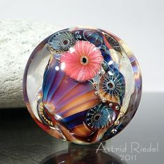 Glass Jewelry, Jewelry Art, Glass Beads, Polymer Beads, Lampwork Beads, Diy Resin Crafts, Glass Paperweights, Stone Art, How To Make Beads