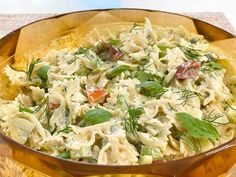 Get Picnic Pasta Recipe from Food Network Salad Bar, Side Salad, Soup And Salad, Summer Pasta Salad, Summer Salads, Giada Recipes, Cooking Recipes, Veggie Dishes, Pasta Dishes
