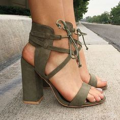 hunter green strappy sandals | skirttheceiling