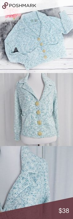 ANTHRO HWR • blue white marled knit cardigan ANTHROPOLOGIE HWR MONOGRAM blue and white marled thick knit cropped cardigan, excellent condition, no stains, tears or holes. Anthropologie Sweaters Cardigans