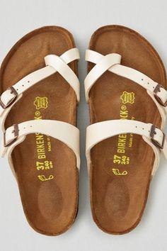 128169fd2 American Eagle Outfitters AEO Birkenstock Mayari Sandals White Birkenstock