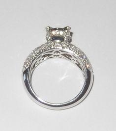 Saphir- Diamantring mit 2.91 Karat Gesamtgewicht von www.juwelierhausabt.de Die Diamanten in diesem Saphir- Diamantring haben die Reinheit VVS und die Diamantfarbe G-H. Dieser Saphir- Diamantring ist aus 750er Weißgold gefertigt und für nur 3450.00 Euro bei Juwelier Abt in Dortmund erhältlich.