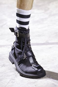 Dries Van Noten Spring 2017 Menswear Fashion Show Details
