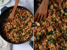 Kasza jaglana z cukinią, pomidorami i tymiankiem to zdrowy i bezglutenowy dodatek do obiadu, np. do dań z rybą. Ugotowaną na sypko kaszę jaglaną mieszamy z uduszonymi na patelni świeżymi pomidorami, cukinią, czosnkiem i tymiankiem. Przepis na kaszę jaglaną. Katana, Risotto, Salad, Health, Ethnic Recipes, Kitchen, Chilli, Food, Cooking