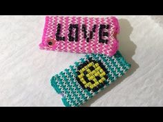 Rainbow Loom Iphone/Ipod hoesje met charger hole, Smiley or letters, Deel 1 (English subtitles) Rainbow Loom Tutorials, Rainbow Loom Bands, Rainbow Loom Charms, Make A Phone Case, Phone Cases, Loom Craft, Tween Girls, Rubber Bands, Stitch Design