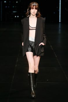 Saint Laurent Spring 2016 Ready-to-Wear Collection Photos - Vogue