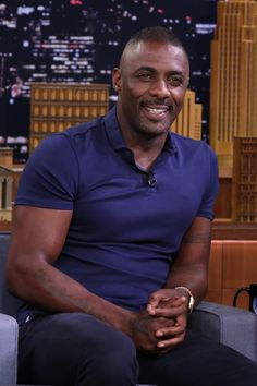 15 Times Idris Elba Left Us Breathless In 2016 - Padget Ewells Idris Elba, Gorgeous Black Men, Handsome Black Men, Beautiful Men, Black Man, Beautiful Flowers, Beautiful People, Actor Idris, Eye Candy Men